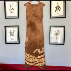 Pretty long dress with tie back